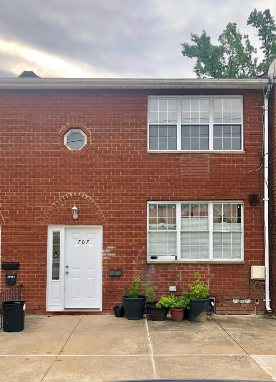 707 Annadale Rd #2, Staten Island, NY 10312 - 2 Bed, 1 Bath Multi-Family  Home For Rent - 8 Photos | Trulia