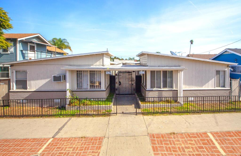 Excellent 1632 Walnut Ave Long Beach Ca 90813 1 Bed 1 Bath Multi Family Home For Rent 8 Photos Trulia Download Free Architecture Designs Lukepmadebymaigaardcom