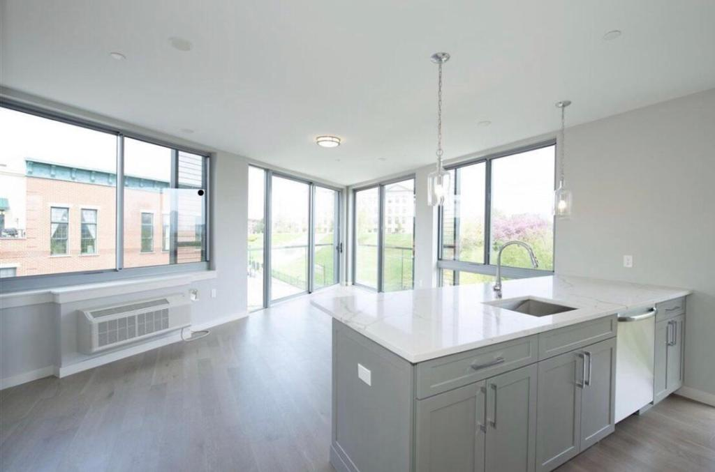 Awe Inspiring 461 Newark Ave 1A Jersey City Nj 07306 2 Bed 2 Bath Multi Family Home For Rent Trulia Interior Design Ideas Clesiryabchikinfo