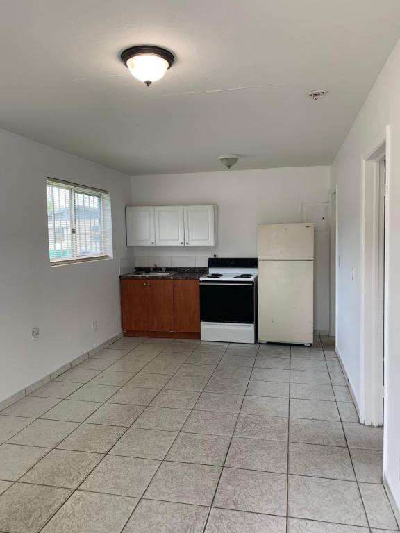Stupendous 5105 Nw 24Th Ave 5105 Miami Fl 33142 2 Bed 1 Bath Multi Family Home For Rent 10 Photos Trulia Download Free Architecture Designs Grimeyleaguecom
