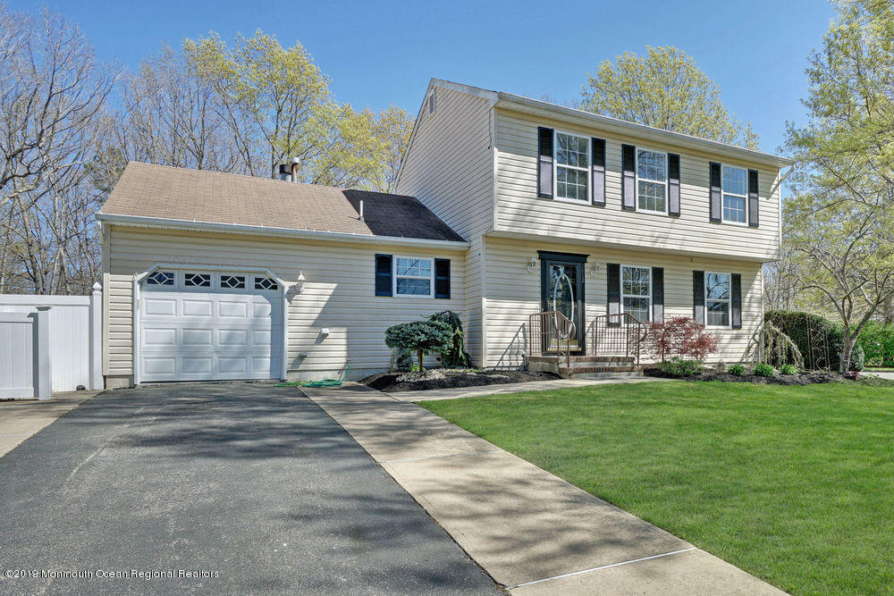 Awesome 1912 White Knoll Dr Toms River Nj 08755 4 Bed 2 Bath Single Family Home For Rent Mls 21931454 35 Photos Trulia Download Free Architecture Designs Itiscsunscenecom