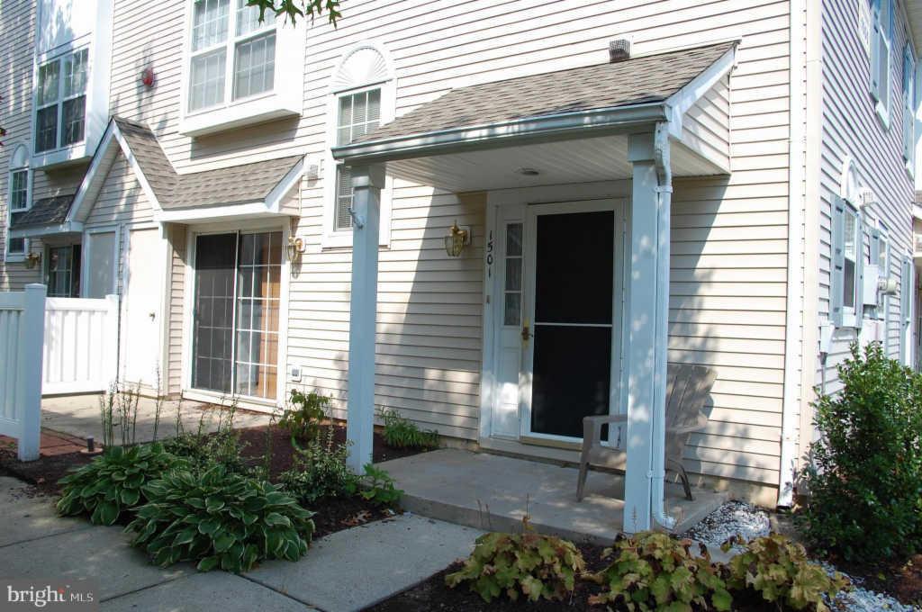 Swell 1501 Wharton Rd Mount Laurel Nj Condo 15 Photos Trulia Interior Design Ideas Oxytryabchikinfo