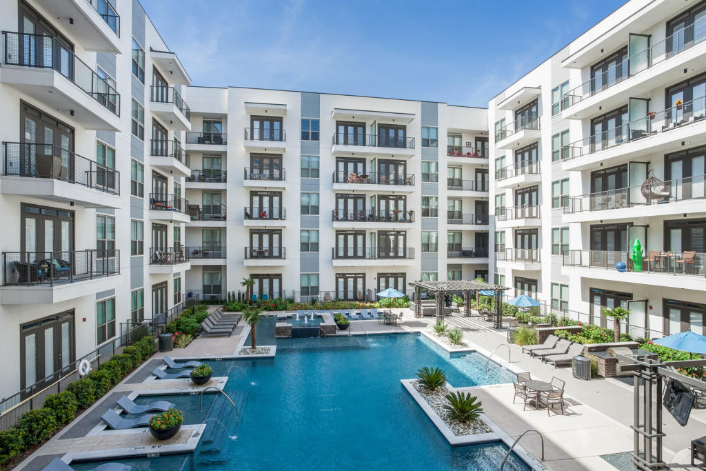 Outstanding Windsor Cityline Apartments Download Free Architecture Designs Momecebritishbridgeorg