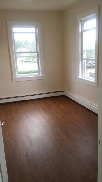 83 Broadway, Elmwood Park, NJ 07407 - 1 Bed, 1 Bath Multi-Family Home For  Rent - 6 Photos | Trulia
