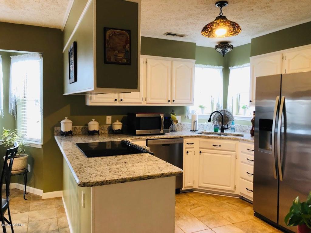 1408 Spaniel Ct, Wilmington, NC 28411 - 3 Bed, 2.5 Bath Single-Family Home  For Rent - MLS# 100177706 - 16 Photos | Trulia