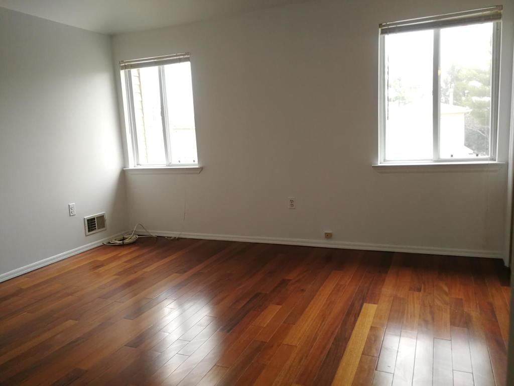 39 Sideview Ave #MAIN, Staten Island, NY - 3 Bed, 1.5 Bath Multi-Family on