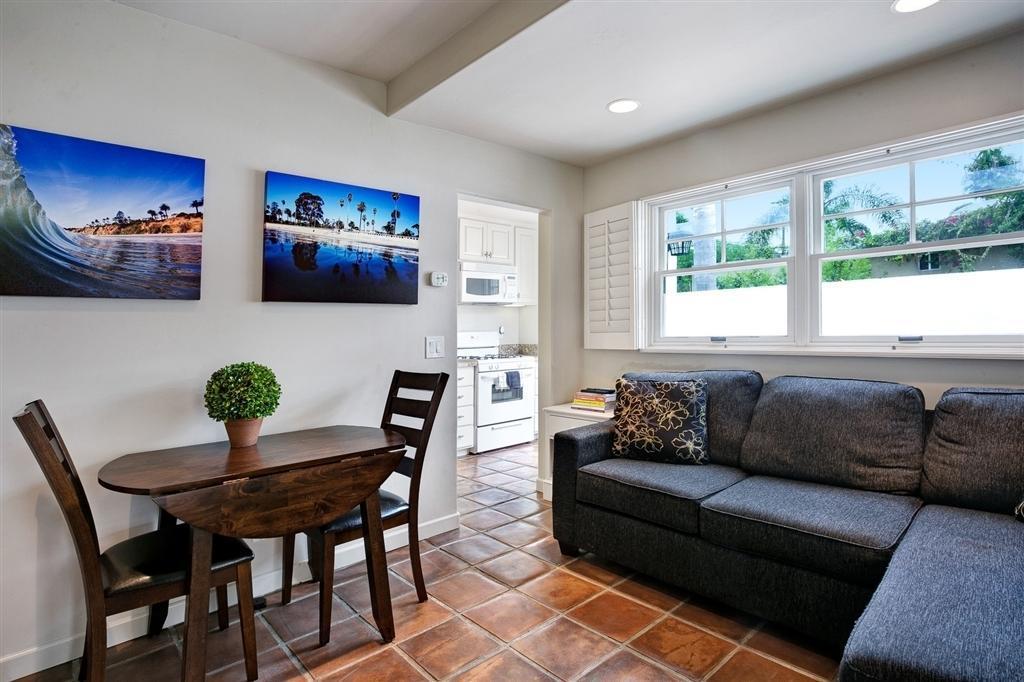 Fine 482 Palomar Ave B La Jolla Ca 92037 1 Bed 1 Bath Multi Family Home For Rent 7 Photos Trulia Dailytribune Chair Design For Home Dailytribuneorg