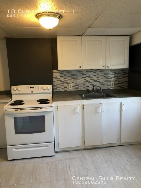 18 Cushing St #1, Dover, NH 03820 - 2 Bed, 1 Bath Multi-Family Home For  Rent - 17 Photos | Trulia