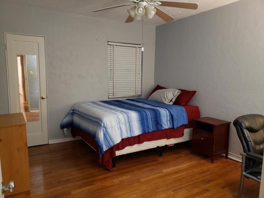 3031 Wyoming Ave, El Paso, TX 79903 - 4 Bed, 2 Bath Room For Rent - 16  Photos | Trulia