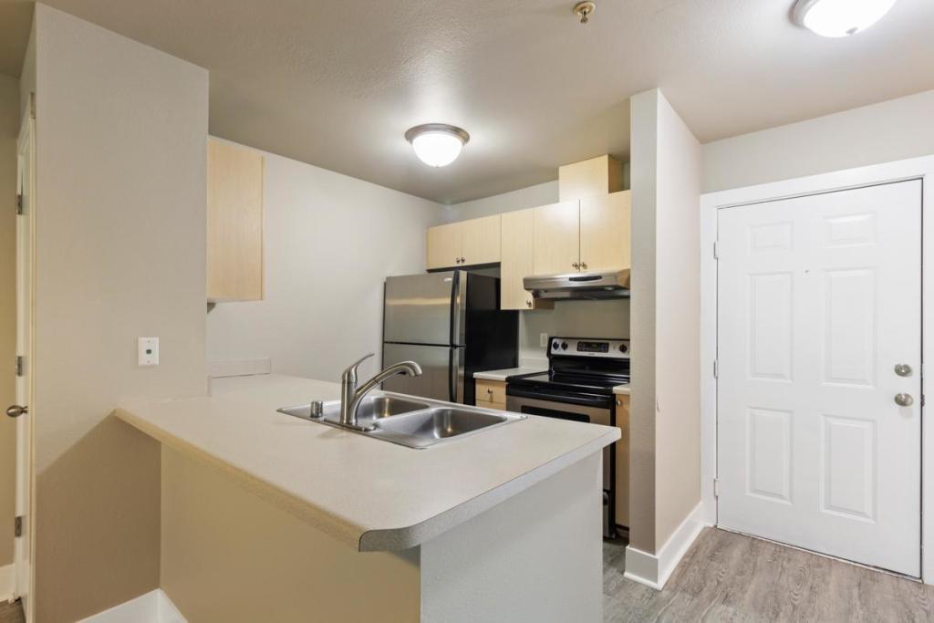 Norpoint Ridge Apartments