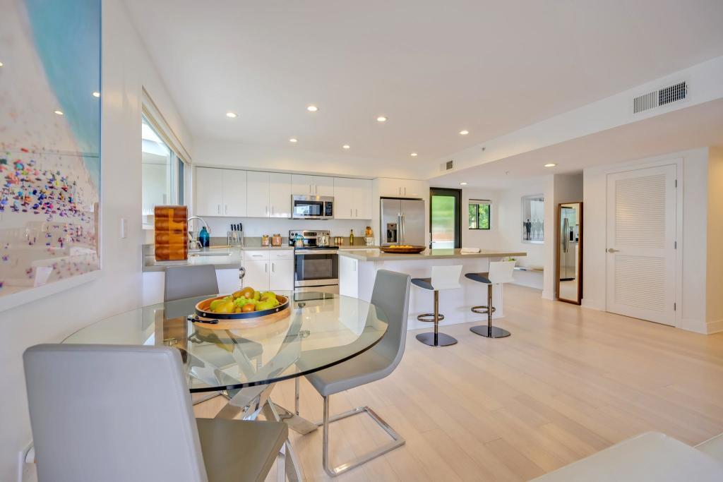 301 Ocean Apartments In Santa Monica Ca 90402 Studio 2 Bed 1 2