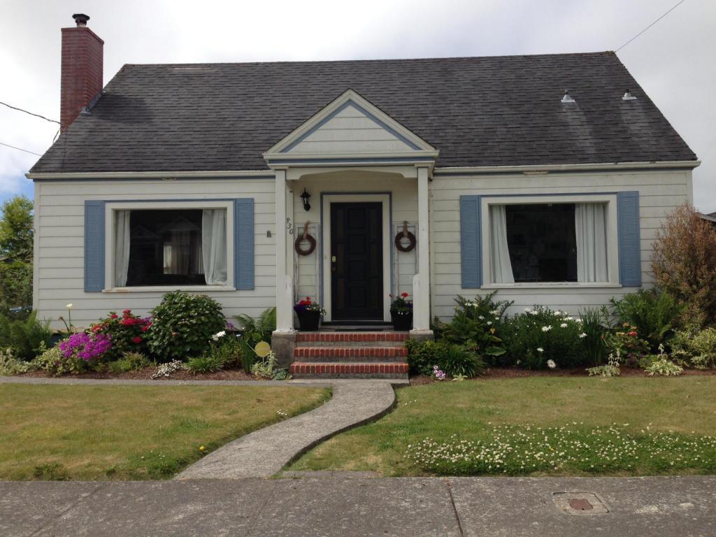830 Howard St Ferndale Ca Single Family Home 22 Photos