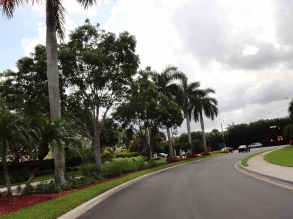 6166 Oak Bluff Way, Lake Worth, FL 33467