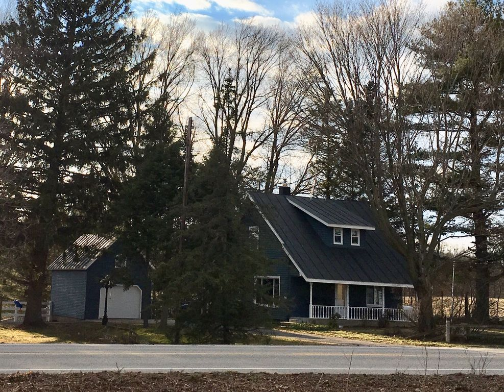Remarkable 13263 Cypress Ave Sand Lake Mi 49343 2 Bed 1 Bath Single Family Home Mls 19021238 42 Photos Trulia Download Free Architecture Designs Ferenbritishbridgeorg