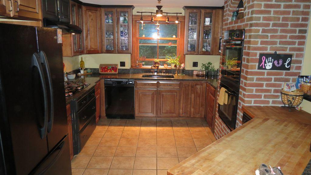 659 Unity Rd, Benton, ME 04901 - 4 Bed, 2 Bath Single-Family Home - 29  Photos | Trulia