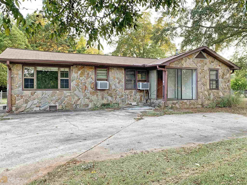 850 Swint Rd, Griffin, GA 30224