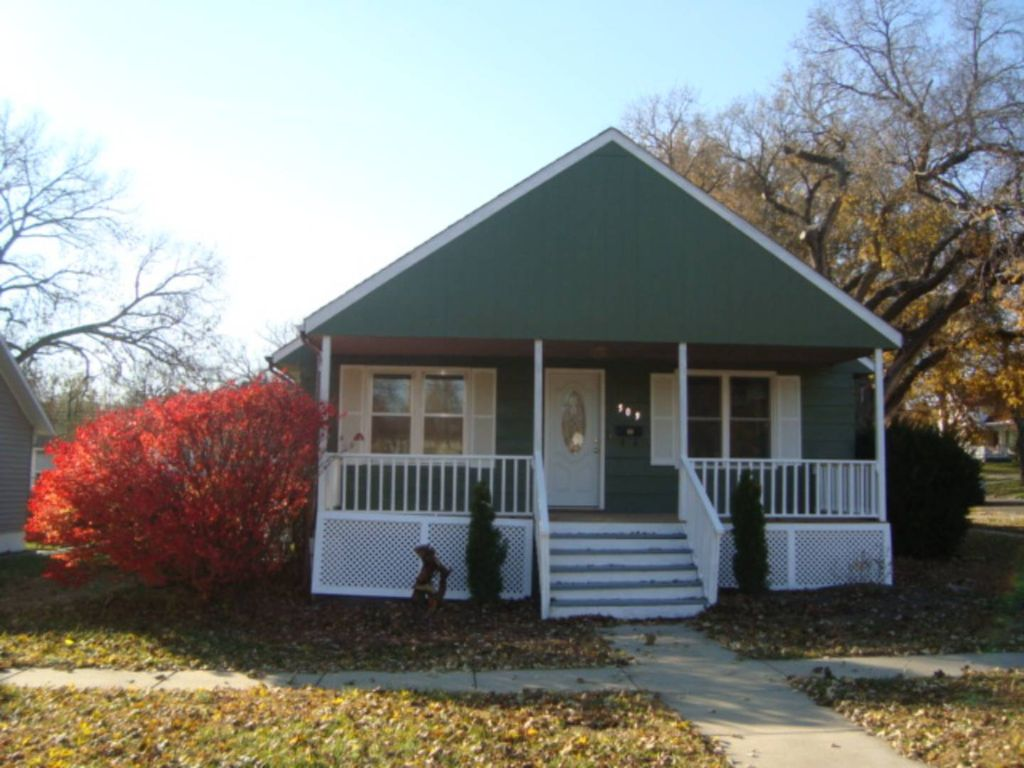 509 N 14th St, Marysville, KS - 2 Bed, 1 Bath Single-Family ... Zillow Marysville Mobile Homes For Sale on zillow property for rent, zillow homes values estimates, zillow homes for rent,
