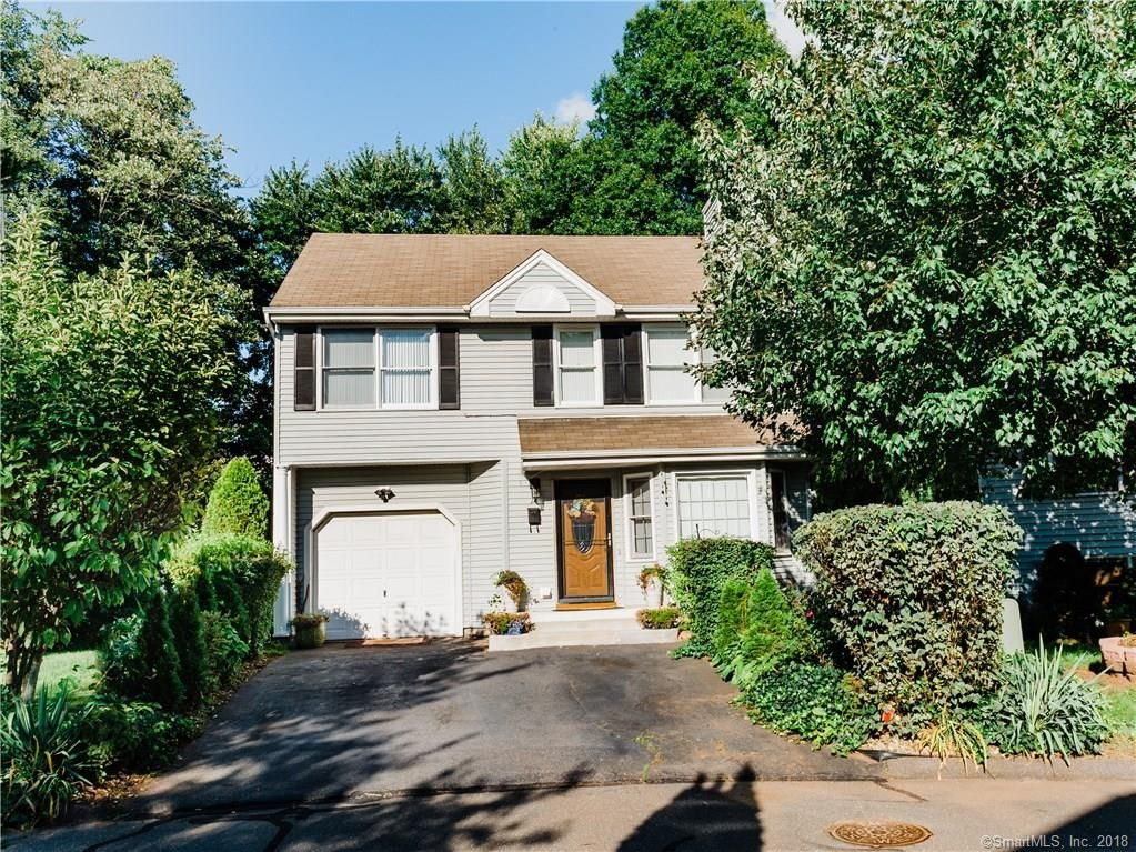 Fabulous 14 Cinnamon Cir 14 West Hartford Ct 3 Bed 3 Bath 34 Interior Design Ideas Inesswwsoteloinfo
