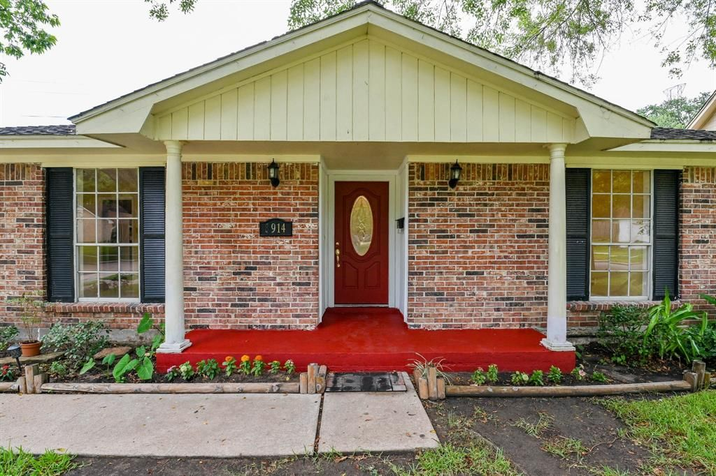 Fine 8914 Willow Meadow Dr Houston Tx 77031 3 Bed 2 Bath Single Family Home Mls 68398627 30 Photos Trulia Download Free Architecture Designs Boapuretrmadebymaigaardcom