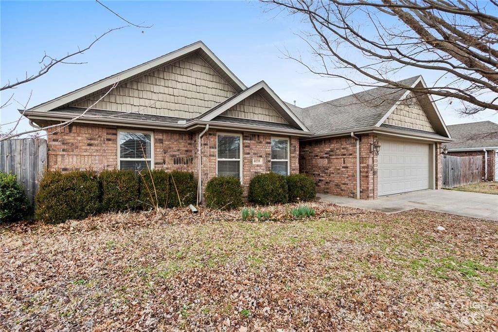 4038 W Olive Tree Dr Fayetteville Ar 2 Bath Single Family Home