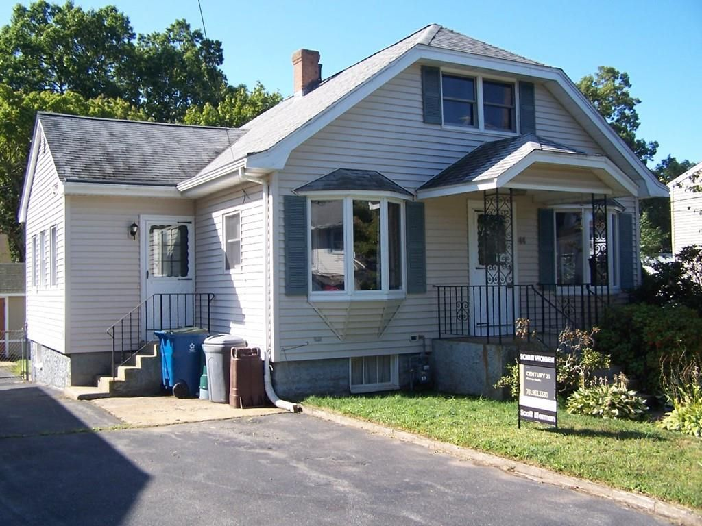 Miraculous 44 Stacy St Randolph Ma 02368 3 Bed 1 Bath Single Family Home Mls 72557613 10 Photos Trulia Home Remodeling Inspirations Genioncuboardxyz