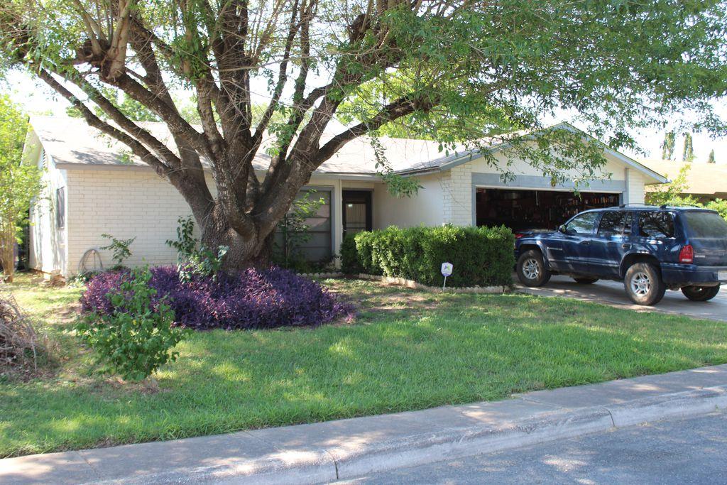 10631 Green Arbor St, San Antonio, TX - 3 Bed, 2 Bath Single ...