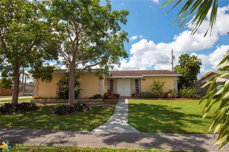 Phenomenal 11510 Nw 29Th Mnr Sunrise Fl 33323 4 Bed 2 Bath Single Family Home Mls F10191601 39 Photos Trulia Download Free Architecture Designs Meptaeticmadebymaigaardcom