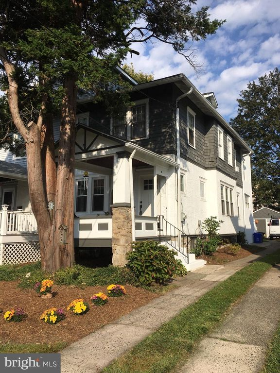 Prospect Park Pa >> 649 10th Ave Prospect Park Pa 19076 3 Bed 2 Bath Multi Family Home Mls Pade500860 2 Photos Trulia