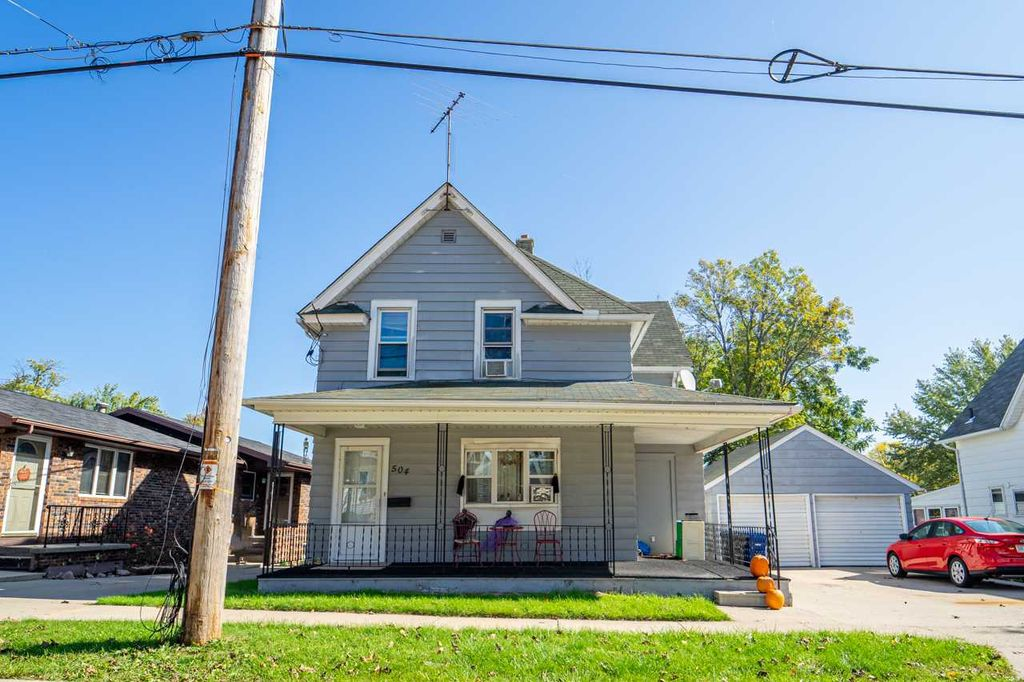 Little Chute Wi >> 504 Vanden Broek St Little Chute Wi 54140 5 Bed 2 Bath Multi Family Home Mls 50212295 14 Photos Trulia