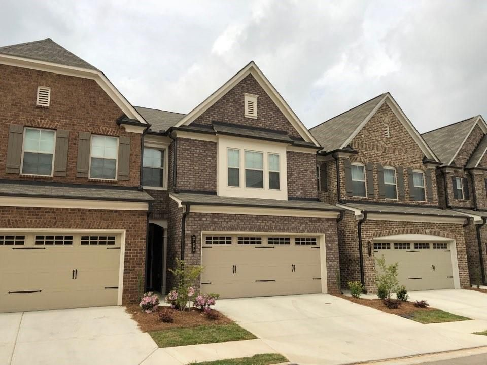 Peachy 2105 Wheylon Dr Lawrenceville Ga 30044 3 Bed 2 5 Bath Townhouse Mls 6535943 19 Photos Trulia Home Interior And Landscaping Palasignezvosmurscom
