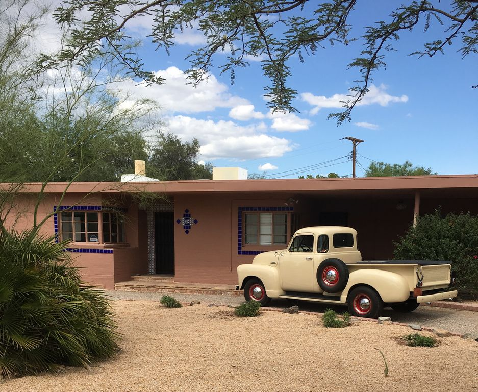 802 N Montezuma Ave 1 Tucson Az 85711 3 Bed 3 Bath Single Family Home Mls 21923710 24 Photos Trulia