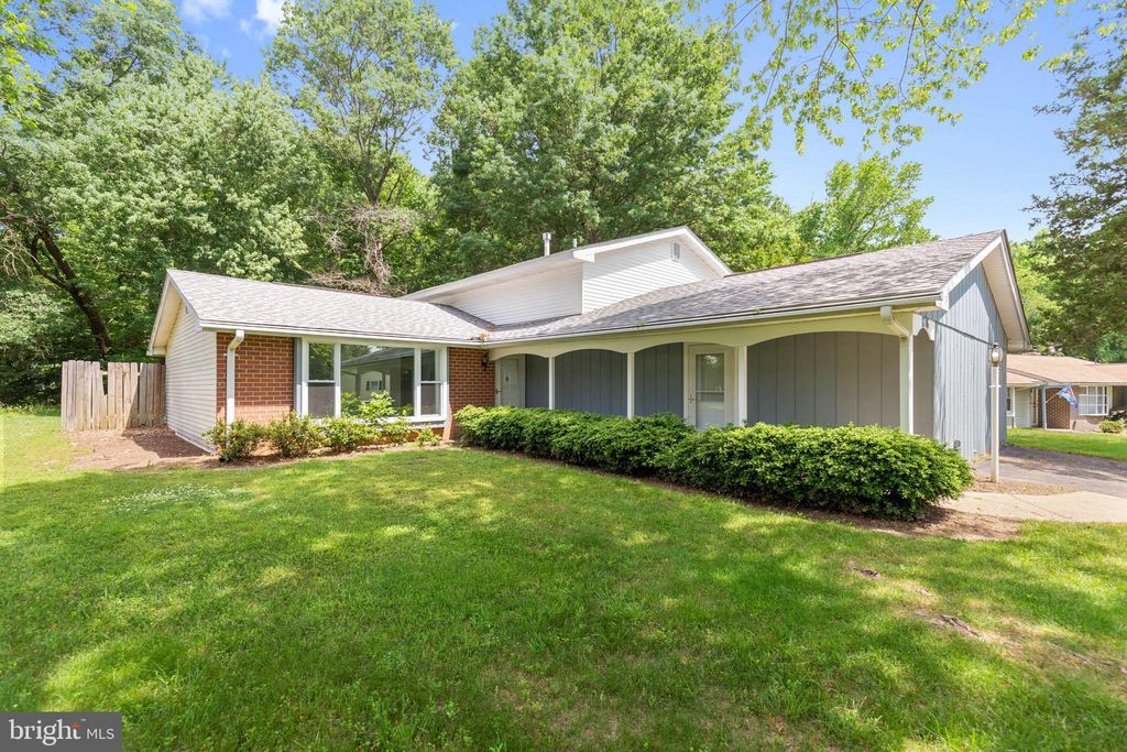 Amazing 1716 Temi Dr Waldorf Md 20601 4 Bed 3 Bath Single Family Home Mls Mdch202556 29 Photos Foreclosure Trulia Download Free Architecture Designs Scobabritishbridgeorg