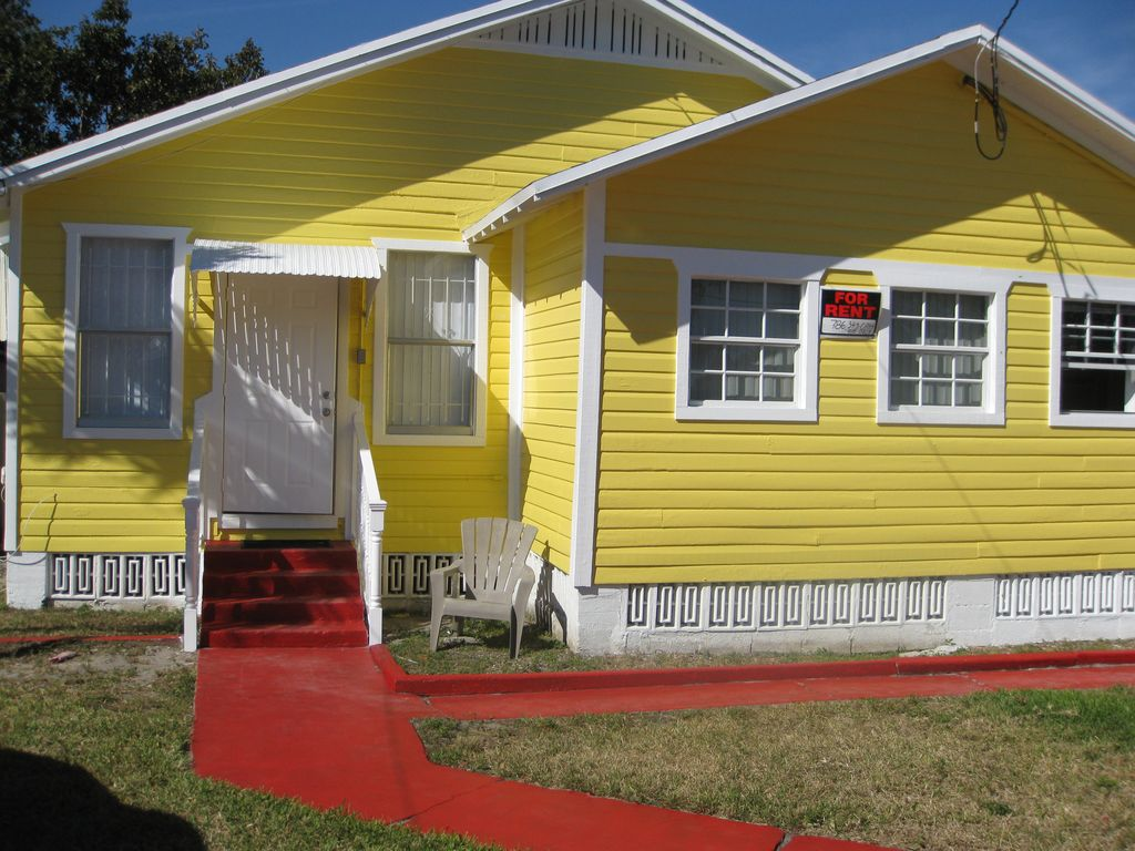 3030 NW 9th Ave, Miami, FL 33127 - 3 Bed, 2 Bath Multi-Family Home Mobile Home For Sale By Owner Miami on heavy equipment by owner, mobile home parks sale owner, mobile homes for rent, used mobile home sale owner, apartments for rent by owner,