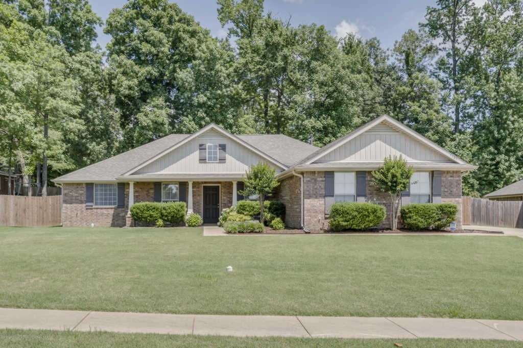 7808 Brierfield Dr E Southaven Ms Single Family Home