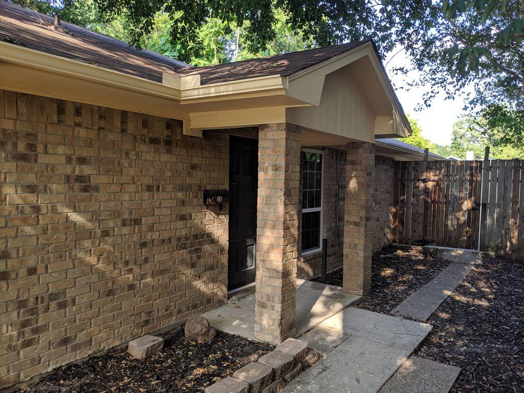 902 Morris St, Terrell, TX 75160 - 3 Bed, 2 Bath Single-Family Home - 13  Photos | Trulia