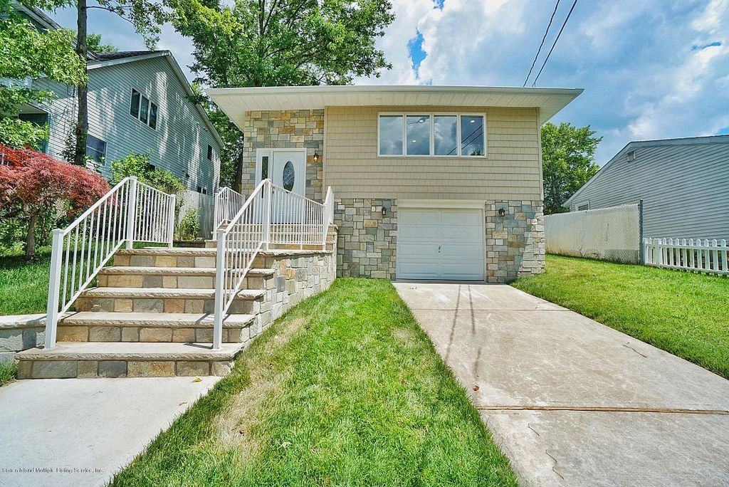 47 Pine Ter, Staten Island, NY 10312 - 3 Bed, 2 Bath Single-Family Home -  MLS# 1129465 - 35 Photos | Trulia