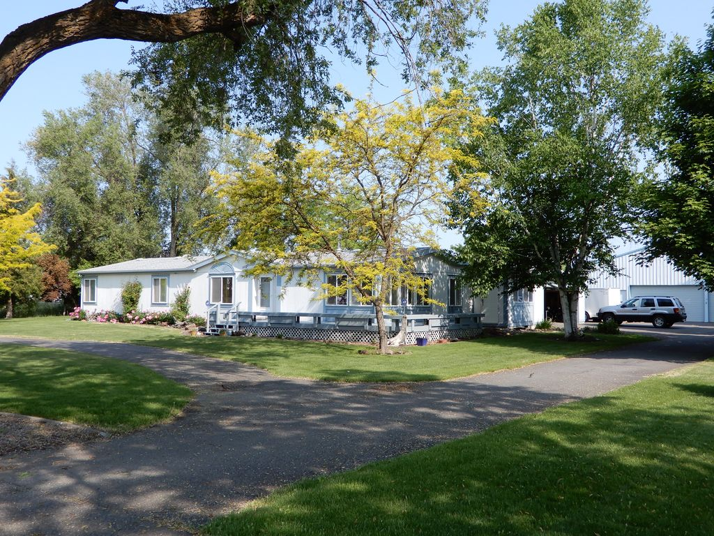 17709 E Indiana Ave Spokane Valley Wa 3 Bed 2 Bath