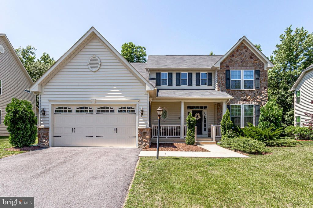 Remarkable 10358 Sugarberry St Waldorf Md 2 Bath Single Family Home Download Free Architecture Designs Scobabritishbridgeorg