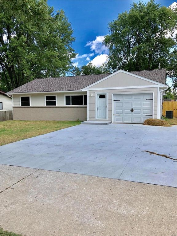 Fairview Heights Il >> 6128 Old Collinsville Rd Fairview Heights Il 62208 3 Bed 2 Bath Single Family Home Mls 19064479 13 Photos Trulia