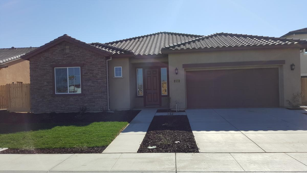 232 Rina Dr Manteca Ca 3 Bed 2 5 Bath Single Family