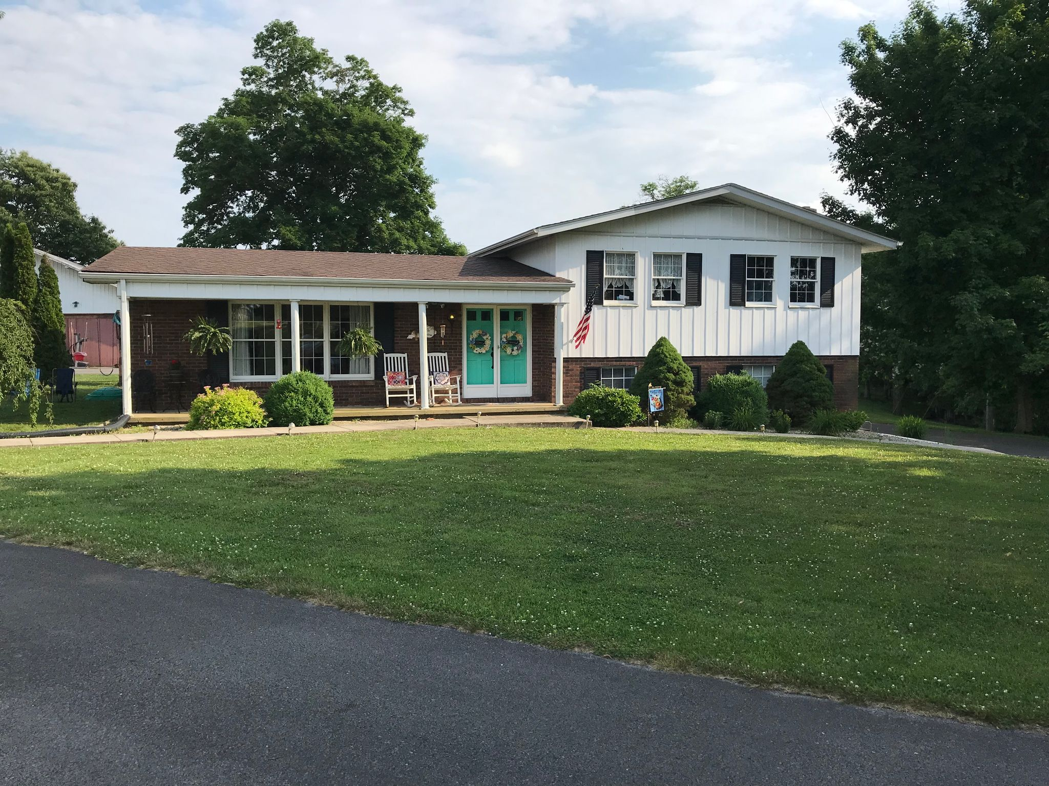 216 Karens Rd Russell Springs Ky 3 Bed 2 Bath Single Family